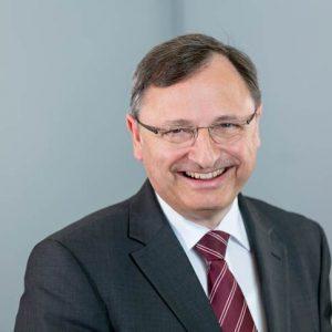 Briefmarkenprüfer Josef Bauer