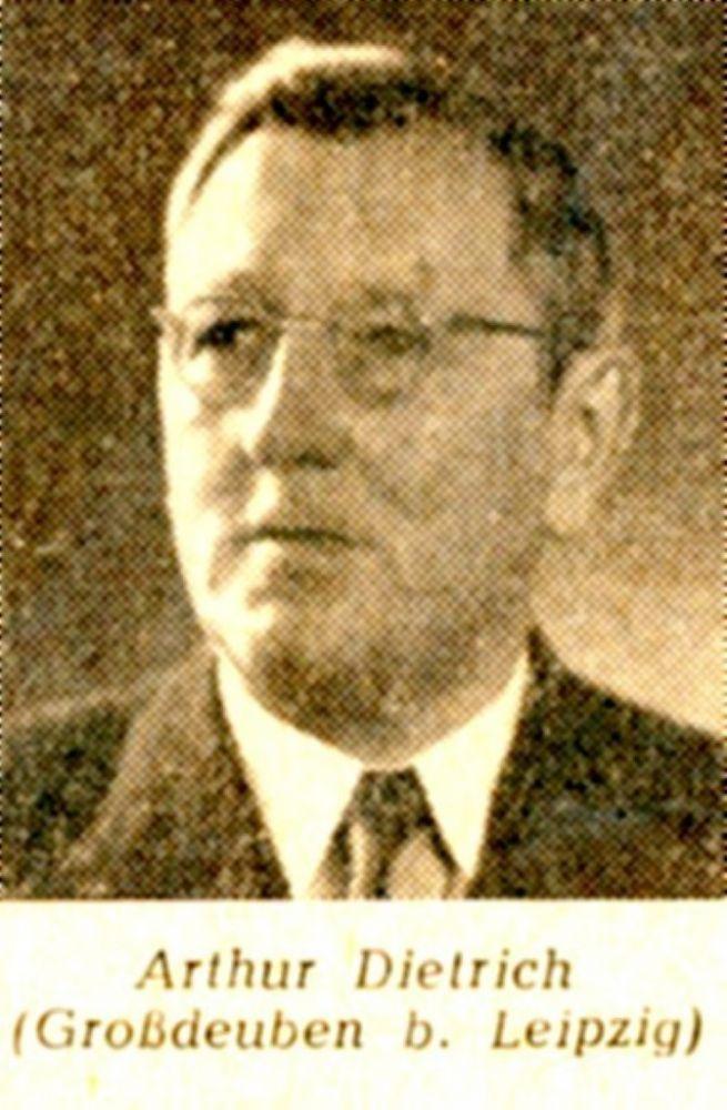 Arthur Dietrich, 1950.jpg