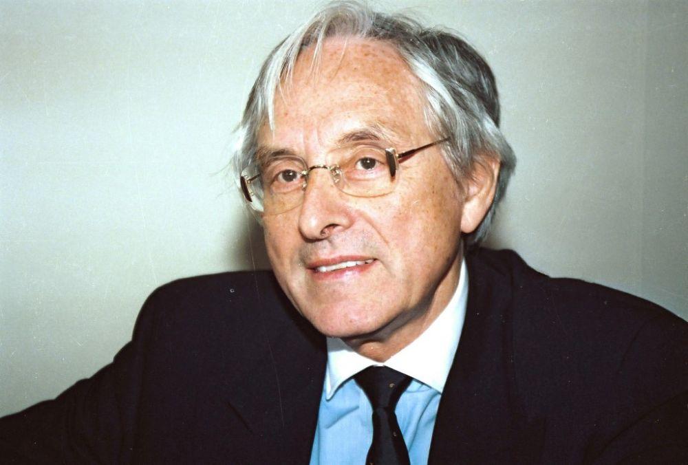 Hans-Georg Schlegel, 1990.jpg