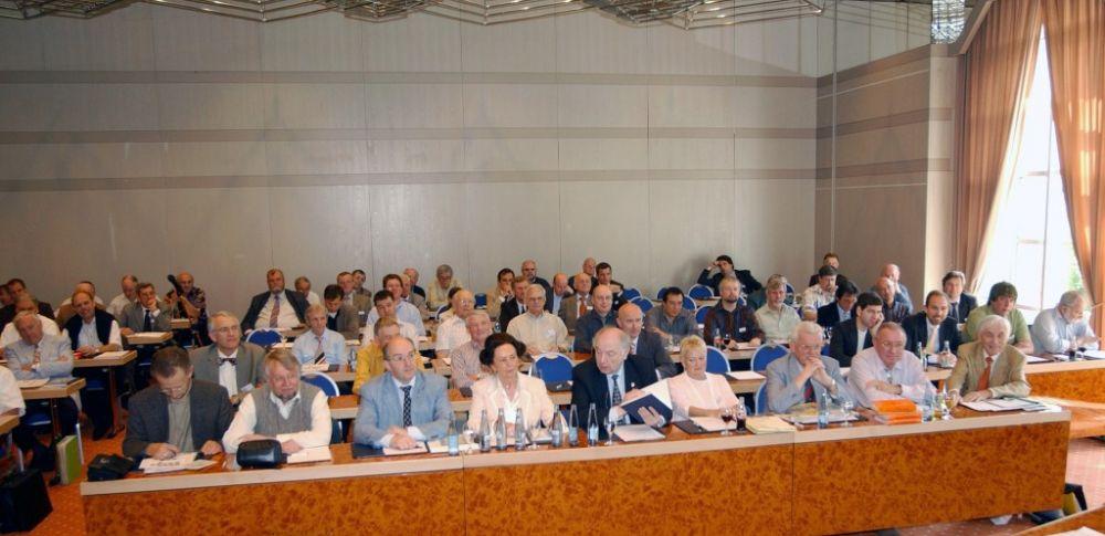 Mitgliederversammlung 2005.JPG