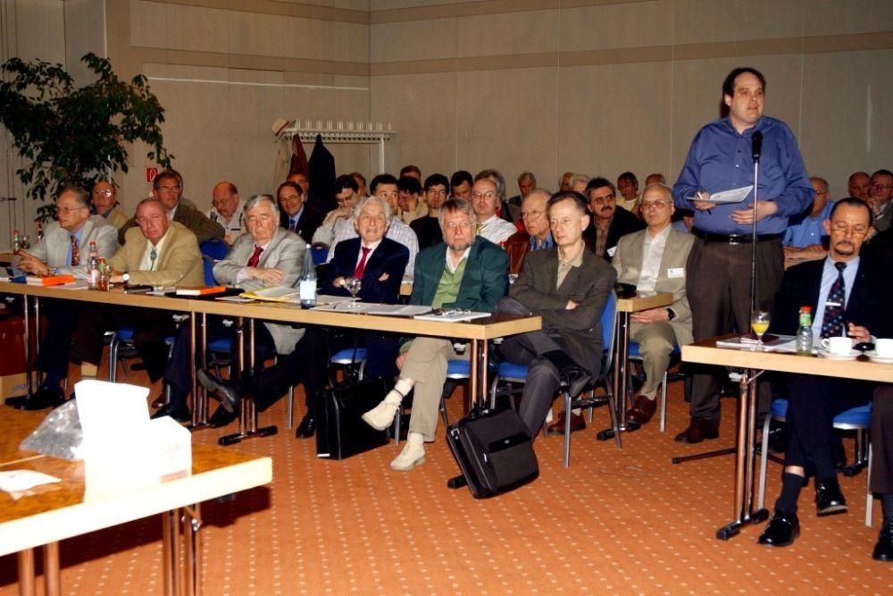Mitgliederversammlung 2006.jpg